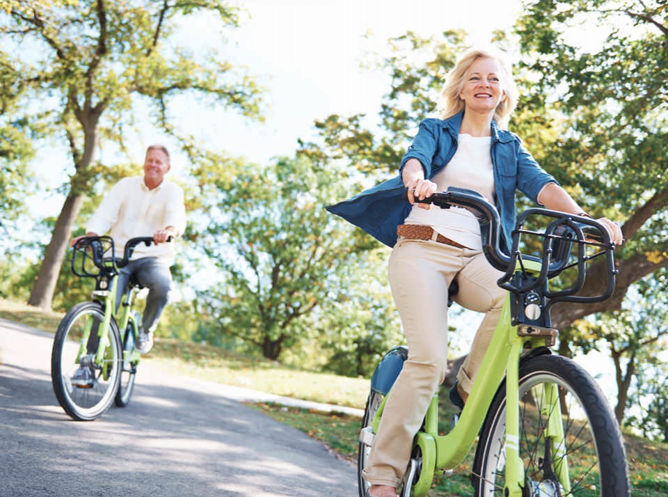Enjoy bicycling around Lake Calhoun
